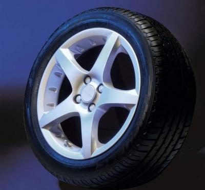 Kit complet IRMSCHER GT-Star 4 jante cu anvelope iarna Vredestein Snowtrac 3 pentru Opel Adam